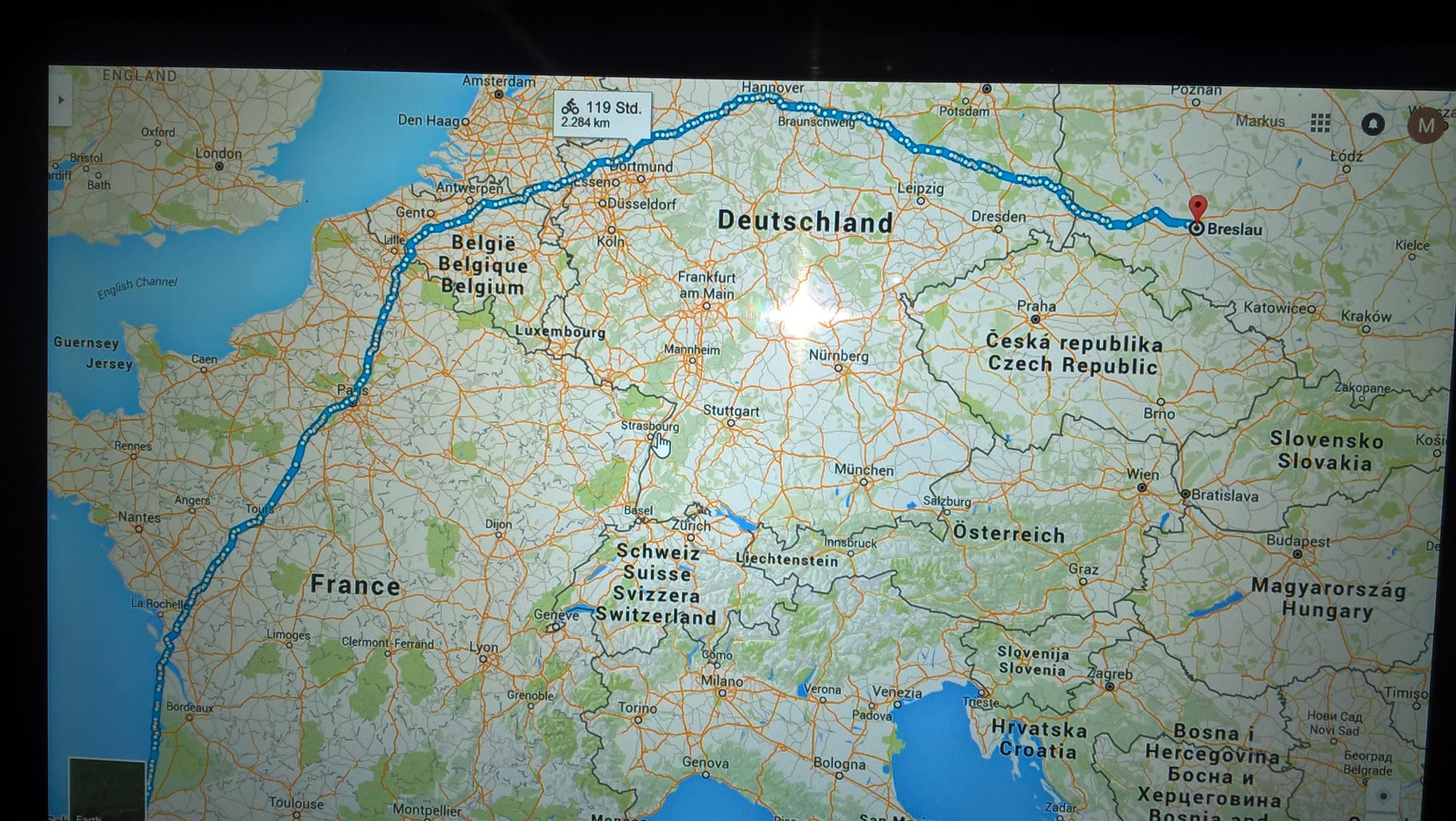 Eine etwas längere Strecke durch mehrere Länder und flacheren Landschaften.