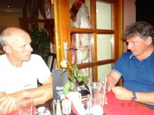 Austausch und Planung der weiteren Tour in einer netten Pizzeria in Krakau.