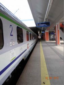 Es ist kaum zu fassen: aber der Zug in Krakov hat auf seine Radler gewartet.