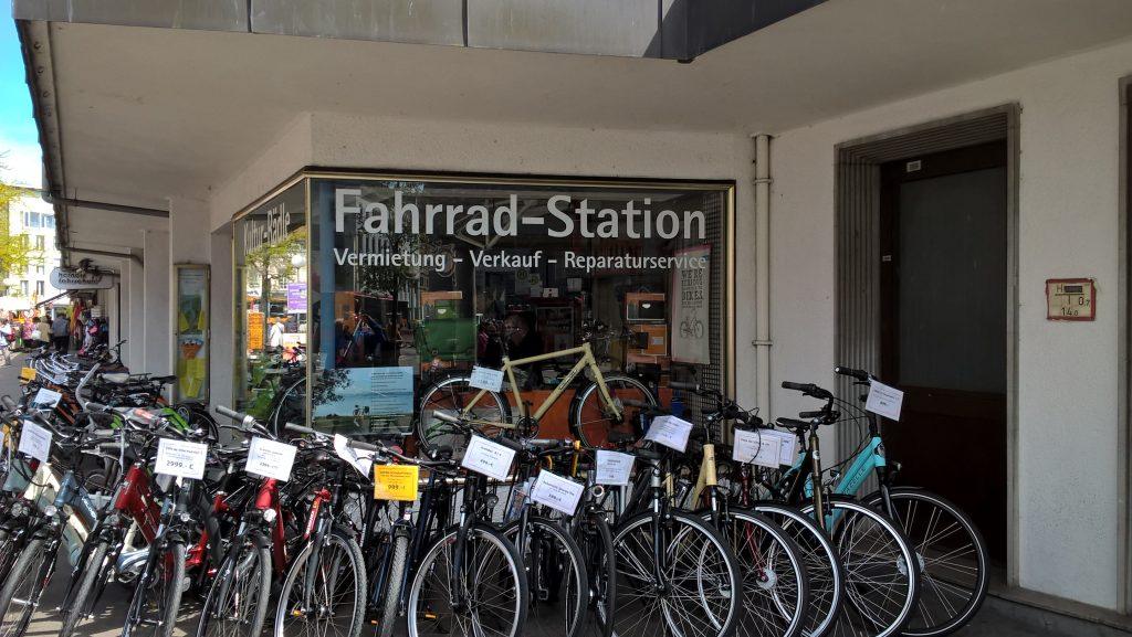 Ich kenne sie nun alle, die Fahrradgeschäfte am Bodensee