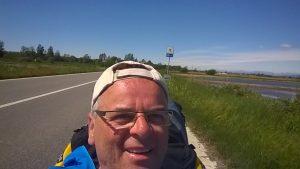 Mein erstes Handy-Selfie, und das bei voller Fahrt