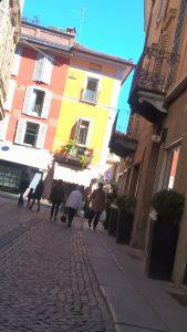 Cremona am Morgen des Nationalfeiertags -  strahlender Sonnenschein trotz Dauerregenvorhersage