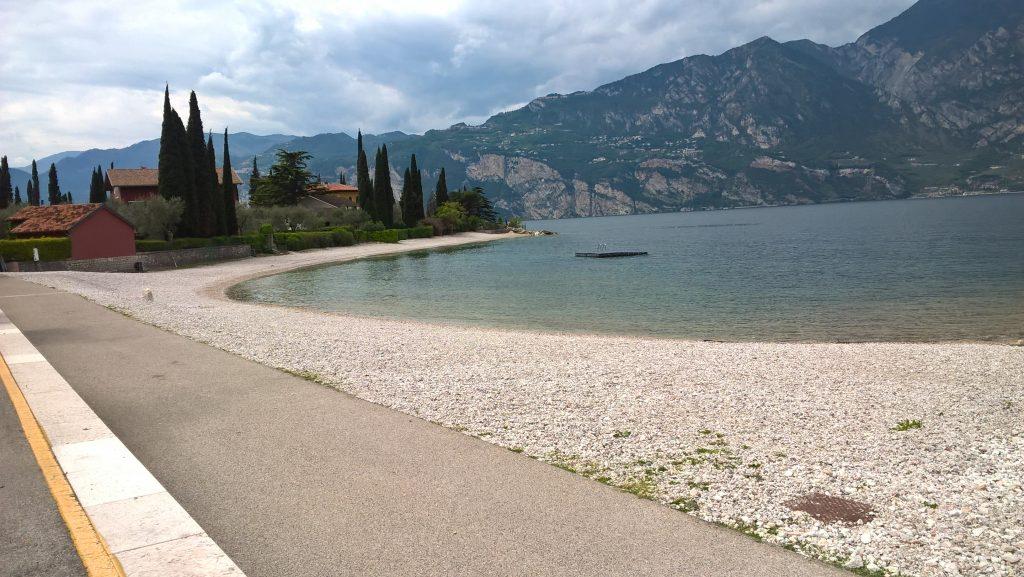 Ausufernder Gardasee bei Malcesine